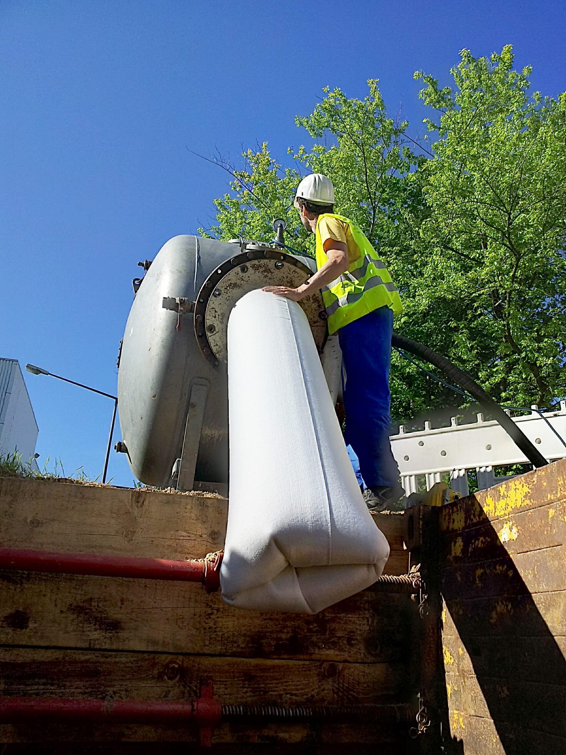 Aktiver Umweltschutz mit grabenloser Rohrsanierung